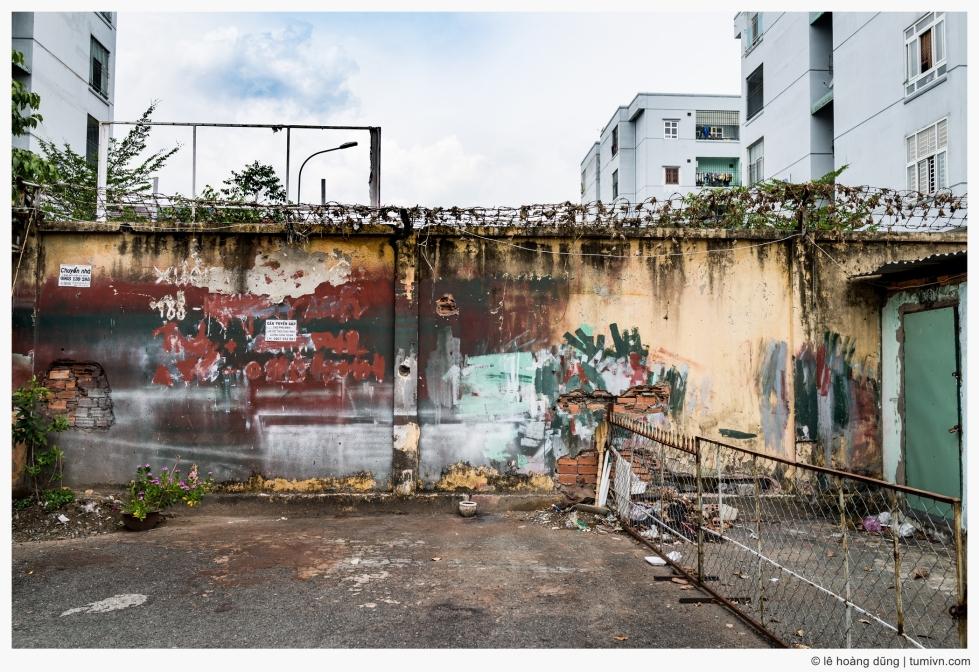 20160522-rx1r-wallbeforebroken